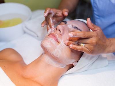rejuvenecimiento facial centro estetico 2002 málaga - copia